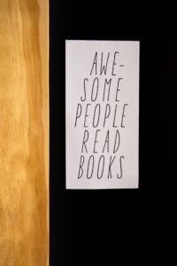 Awesome People Read Books